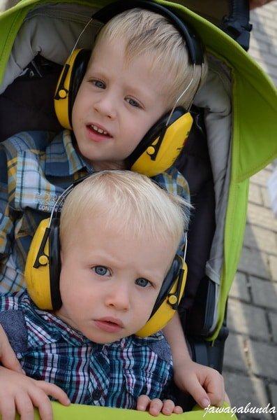 słuchawki zabezpieczające przed nadmiernym hałasem