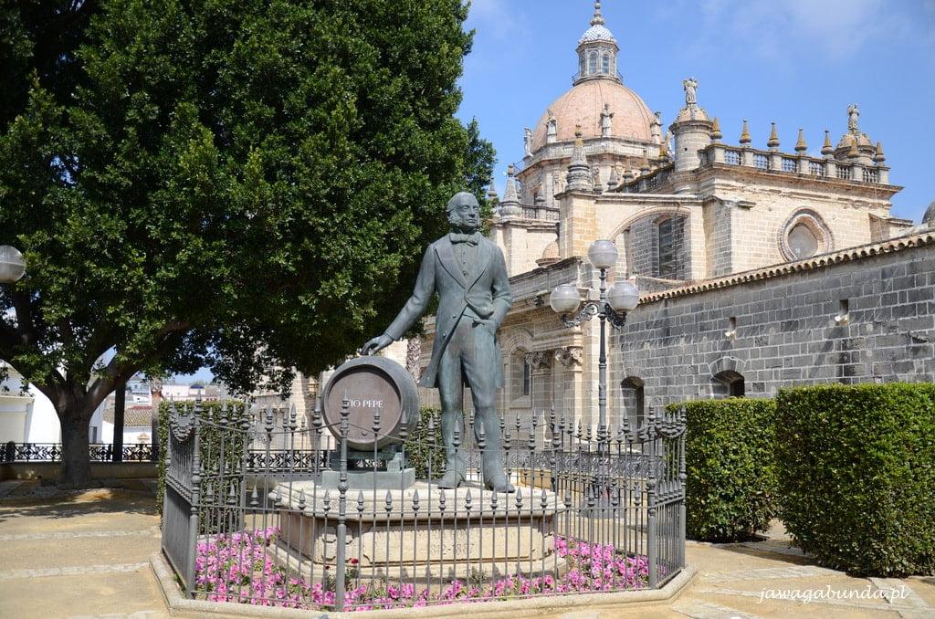 pomnik mężczyzny