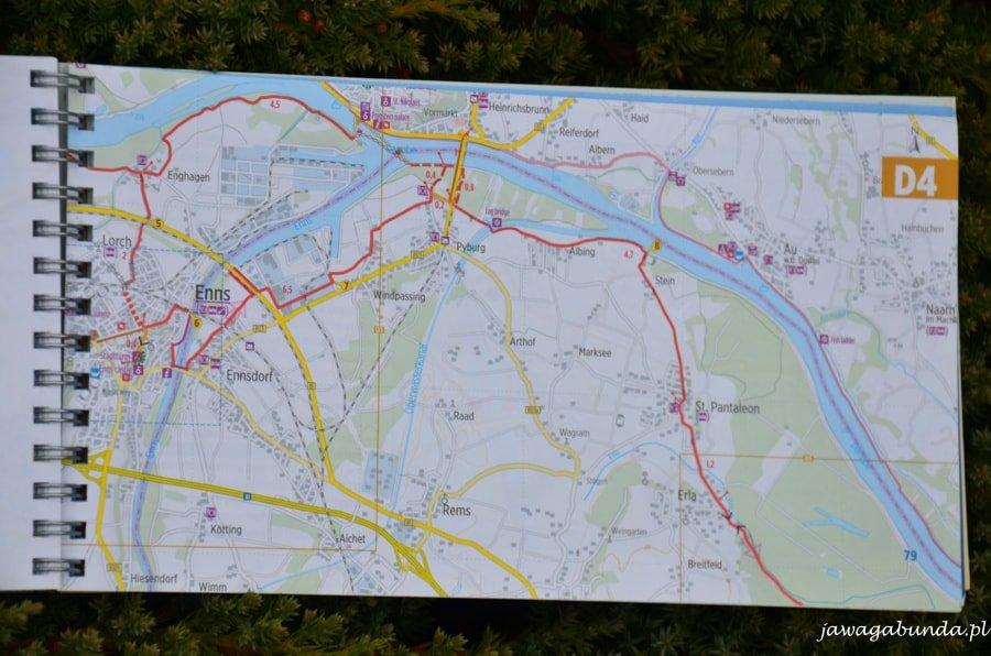 plan miasta:drogi i rzeka
