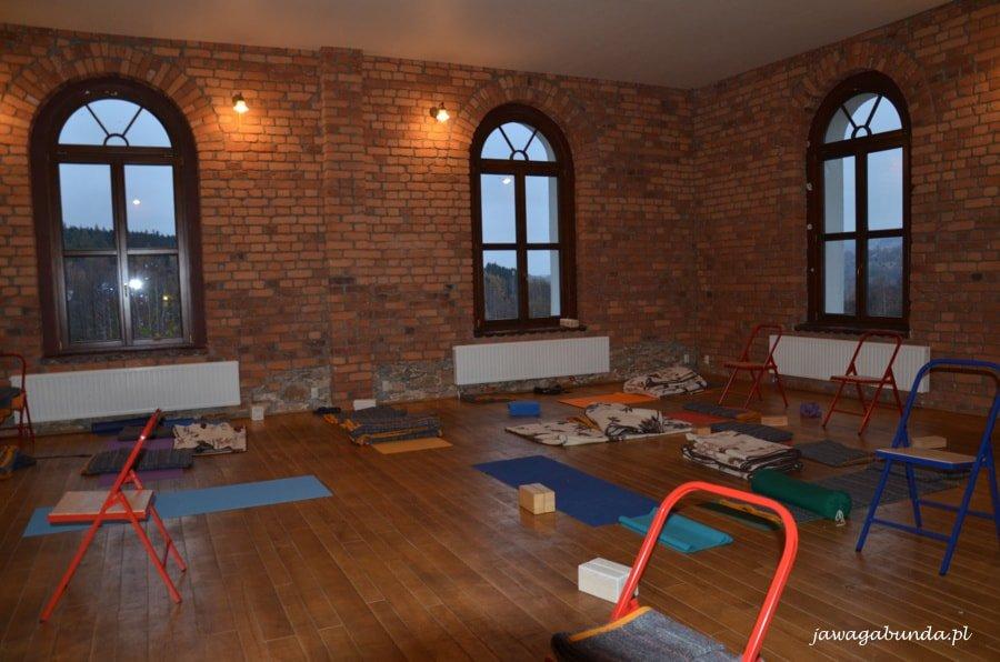 duża sala do ćwiczeń