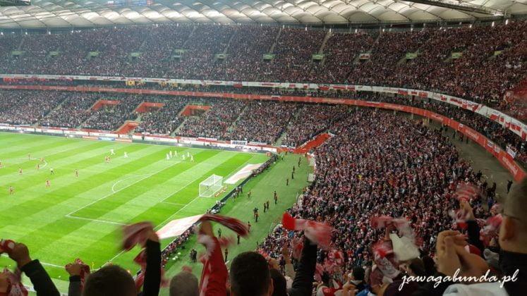 Stadion wypełniony tłumem
