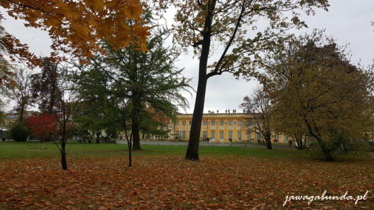 pałac i park