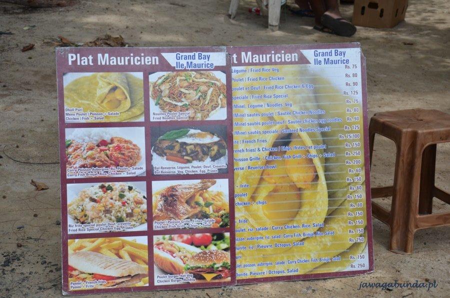 lista z rodzajem jedzenia -menu