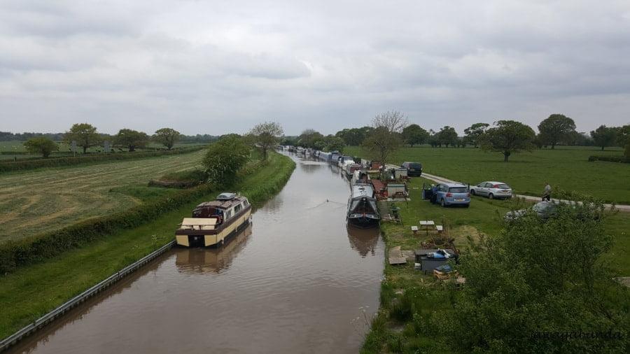 marina barek na kanale