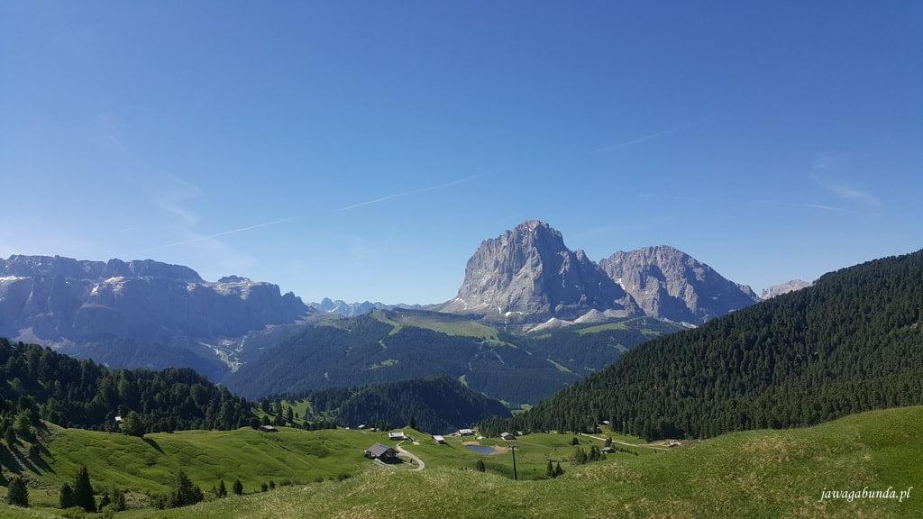 góry i łąka