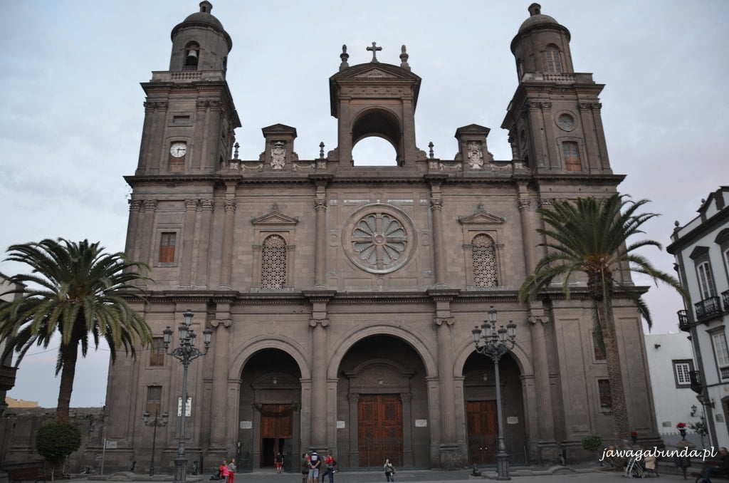 budynek katedry św Anny