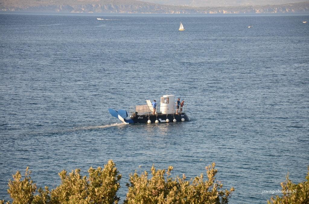 podwodny okręt turystyczny na wyspie Solta