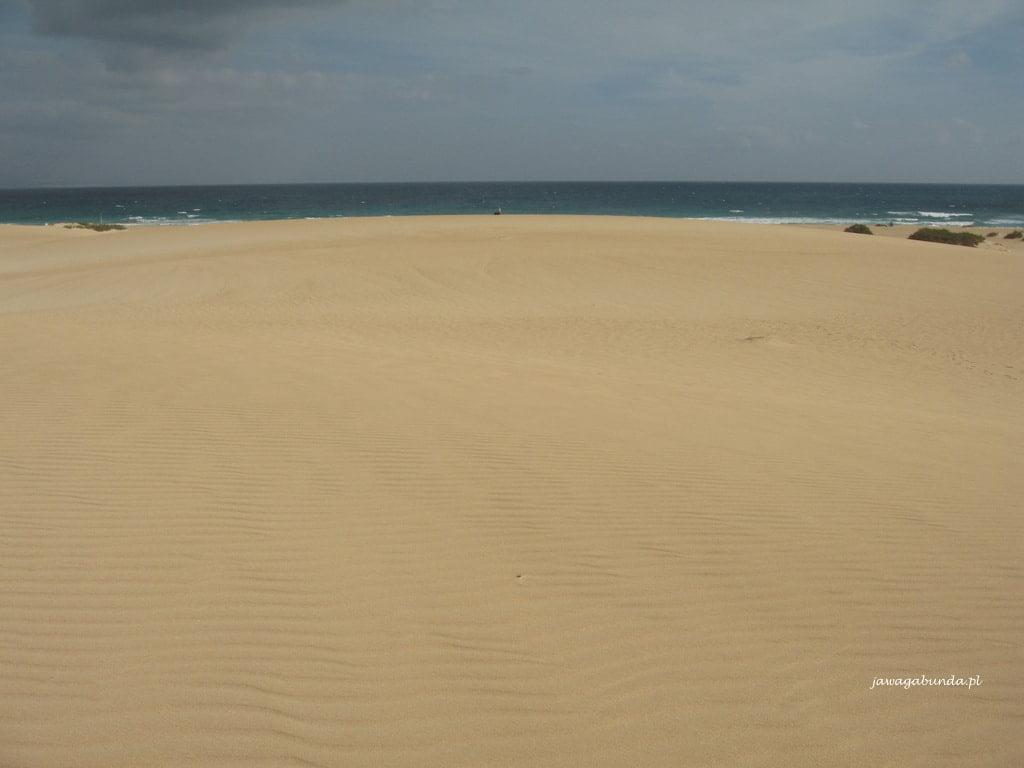 piaszczyste plaże na Wyspach kanaryjskich