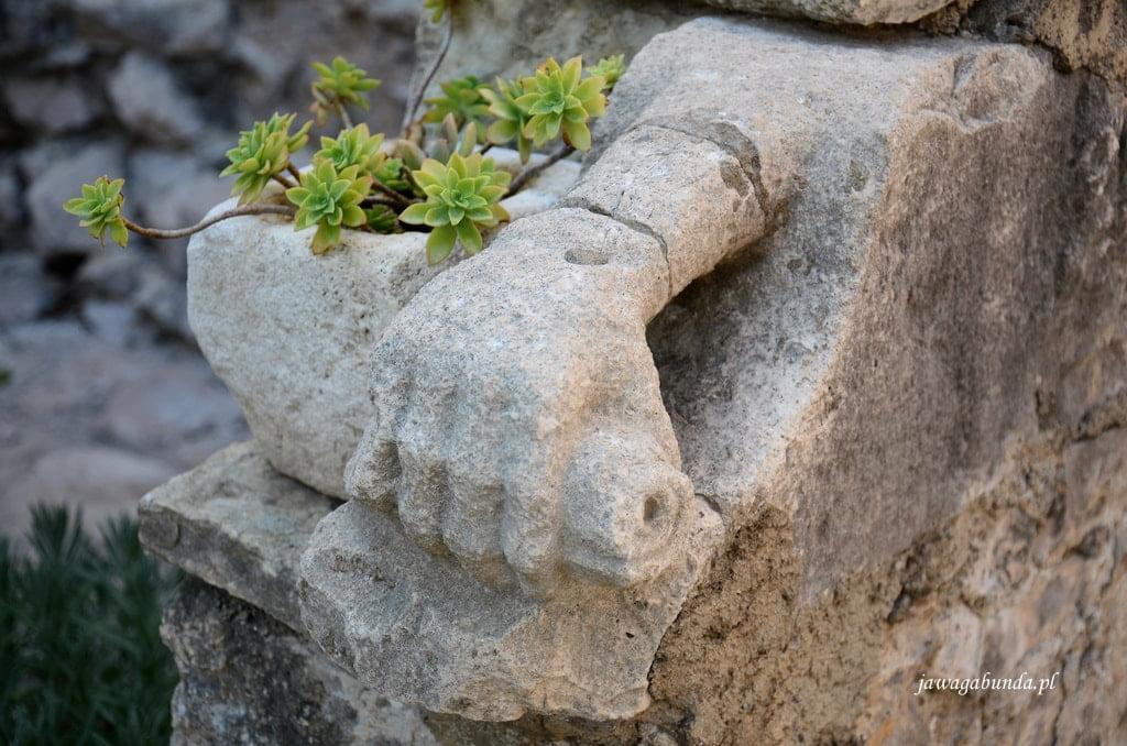 rzeźba ręki