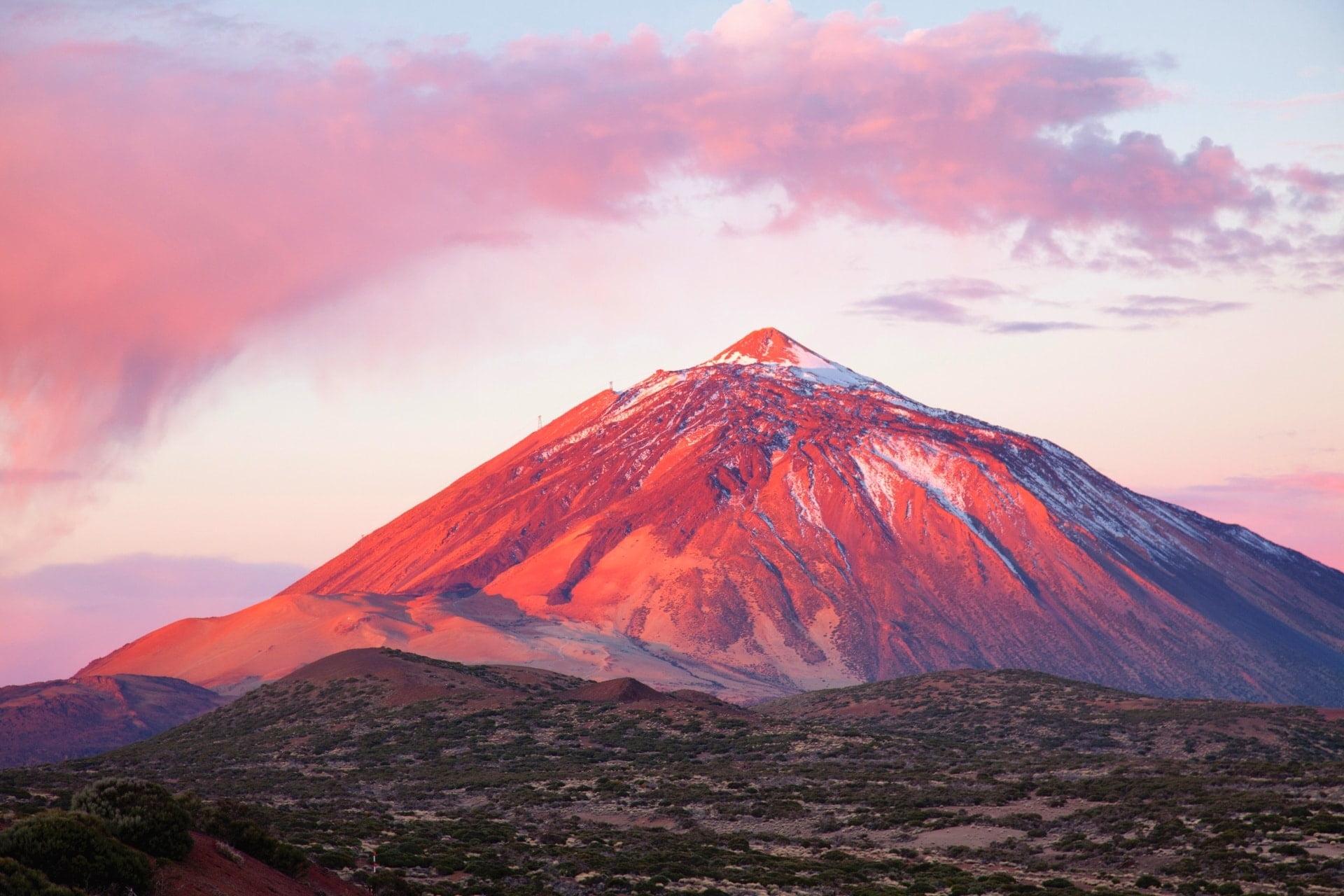 oświetlona góra