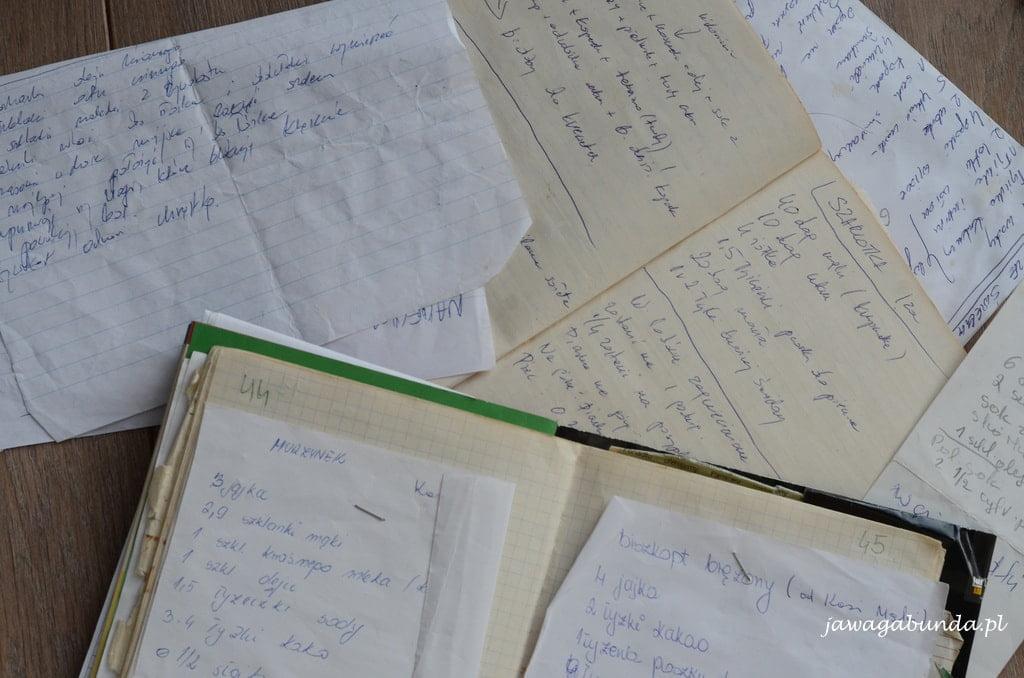 kartki ze starego zeszytu z przepisami