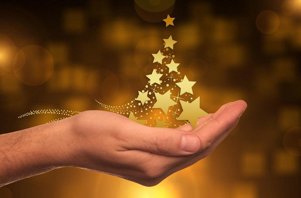 gwiazdki złota na ręce