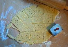 Herbatniki wycinanie z ciasta