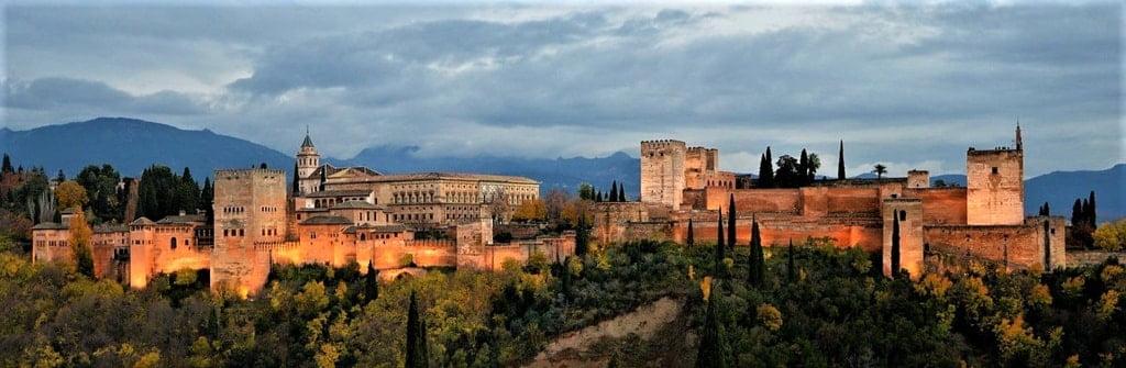 Alhambra cały zamek