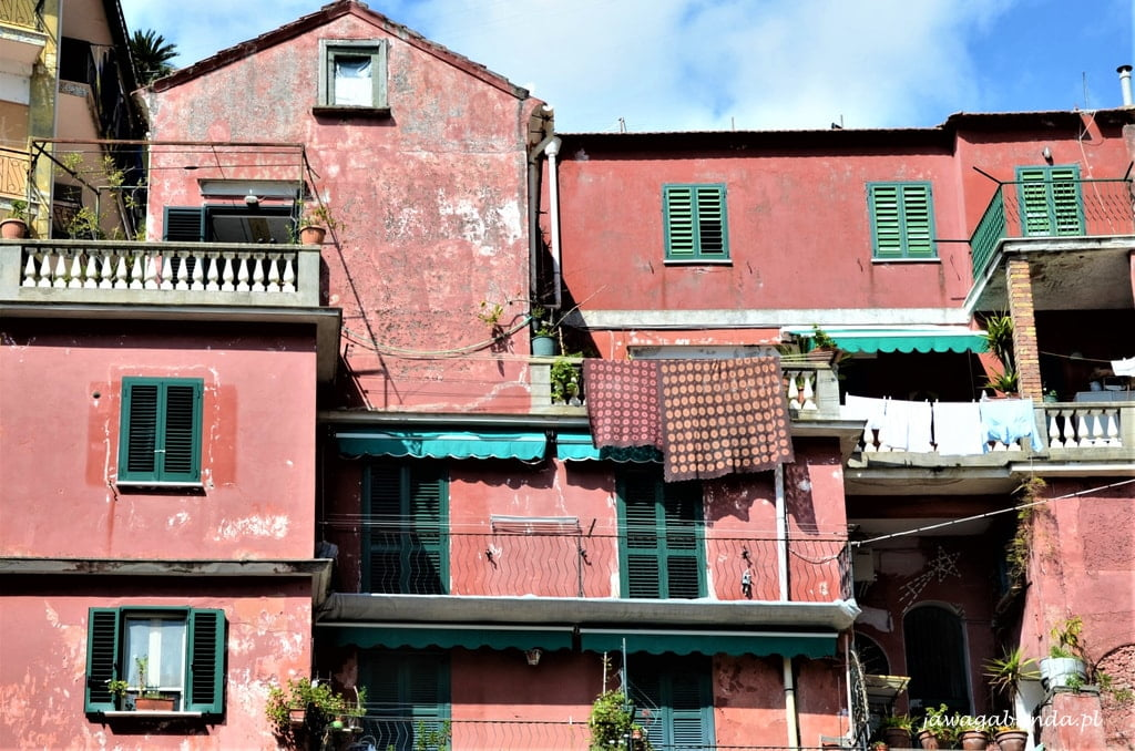 kolorowe domy w Amalfi
