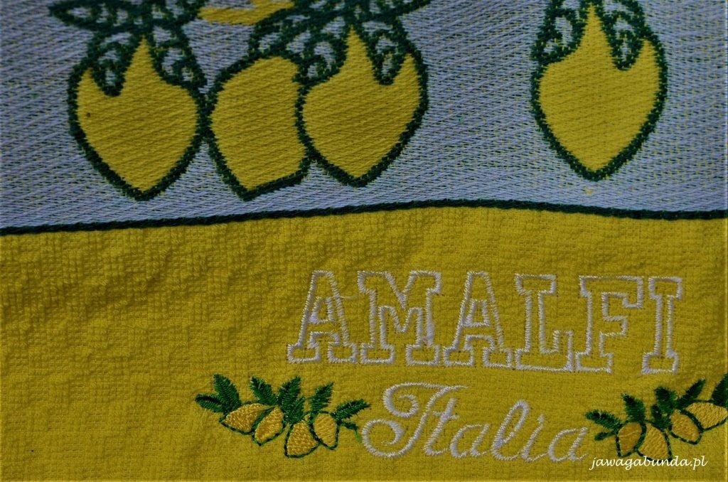 wyszywane ręczniki z napisem Amalfi