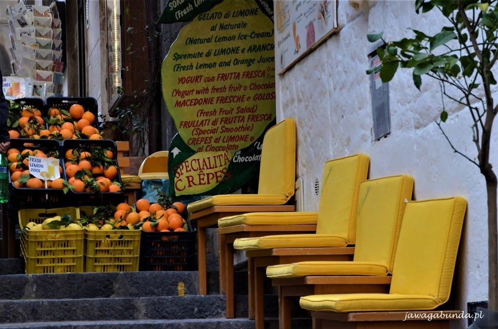 Amalfi żółte krzesła