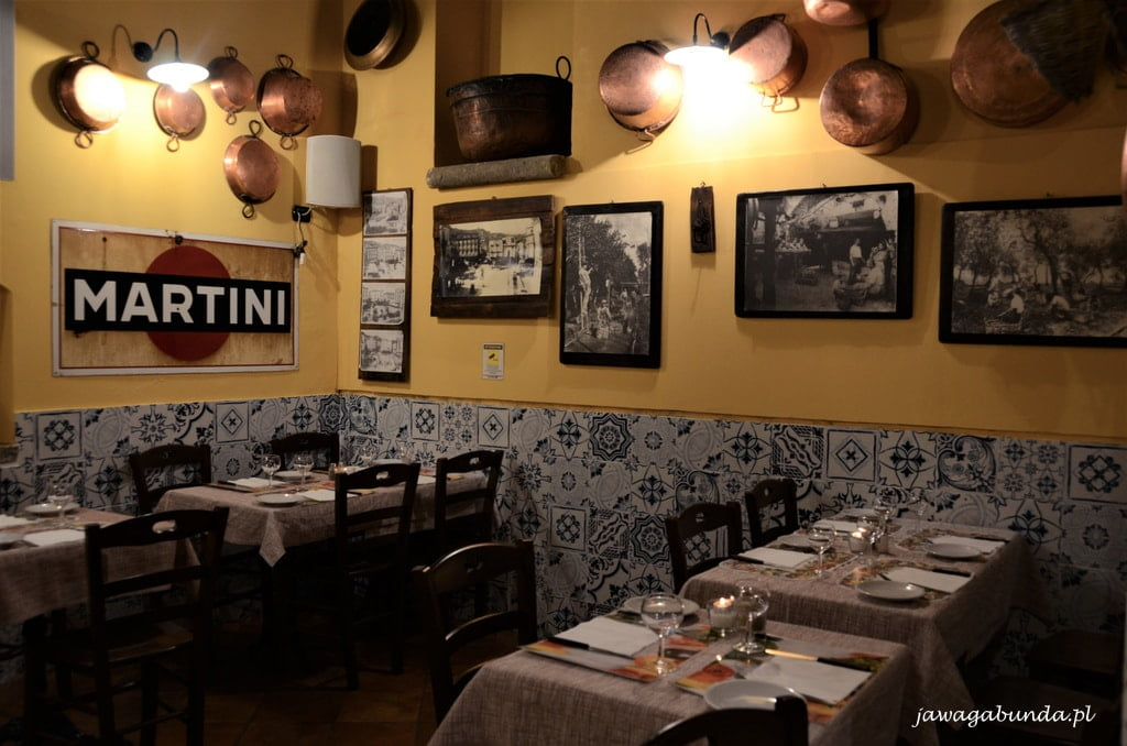 wnętrze restauracji w Sorrento