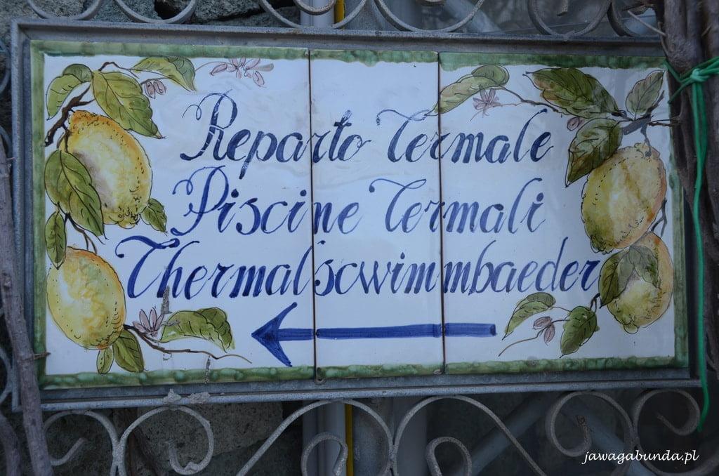 informacje malowane na kaflach