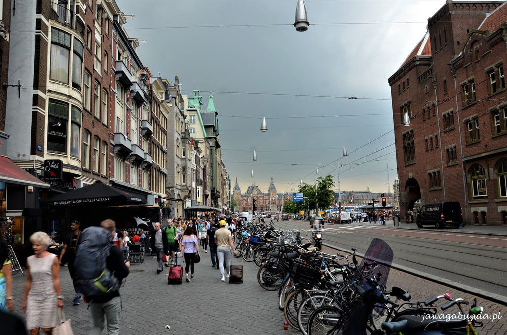 Amsterdam rowery i kanały