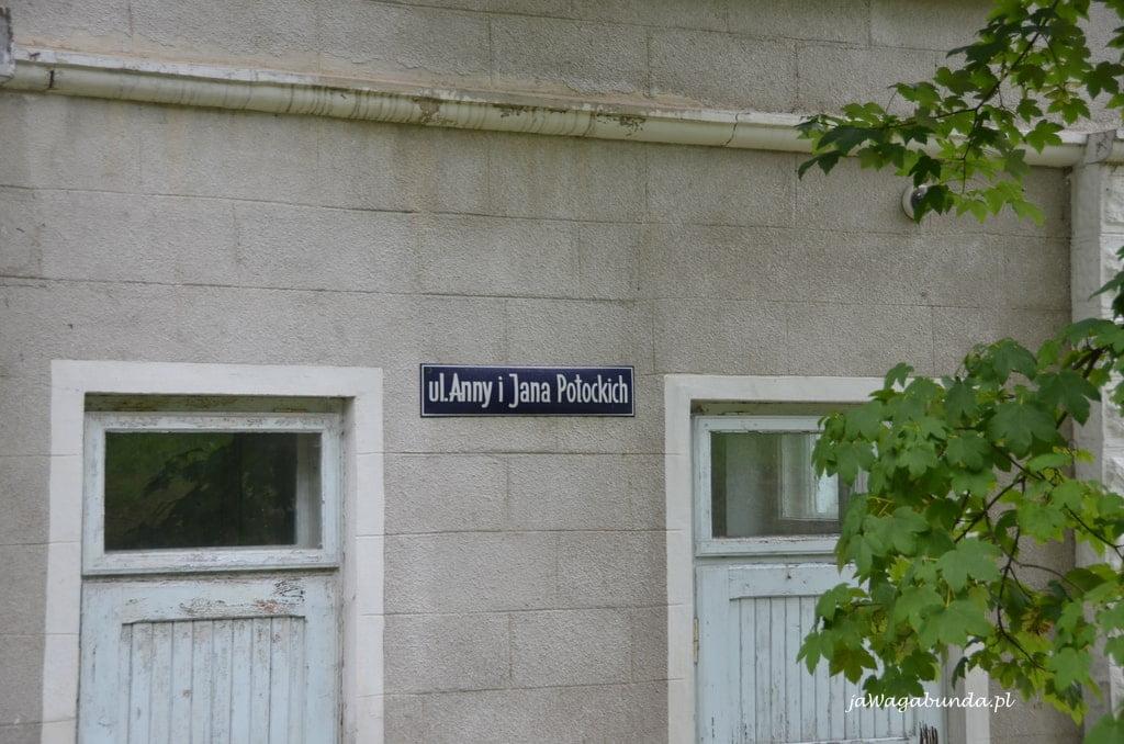 ulica Potockich tablica informacyjna