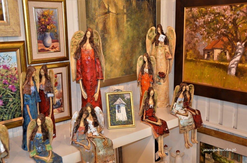 galeria Szczyrk anioły we wnętrzu