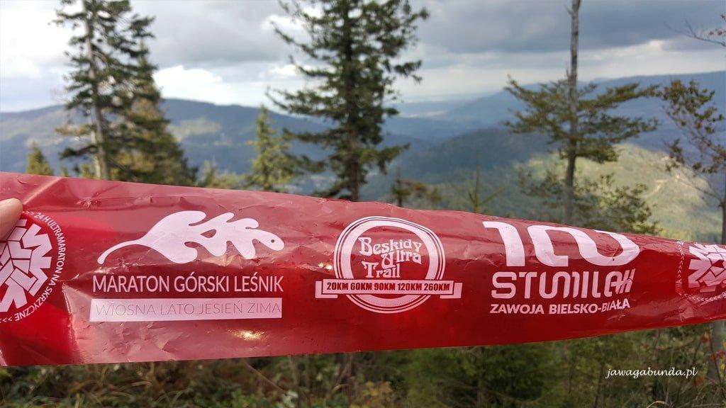 oznaczenie trasy maratonu górskiego na trasach Skrzycznego
