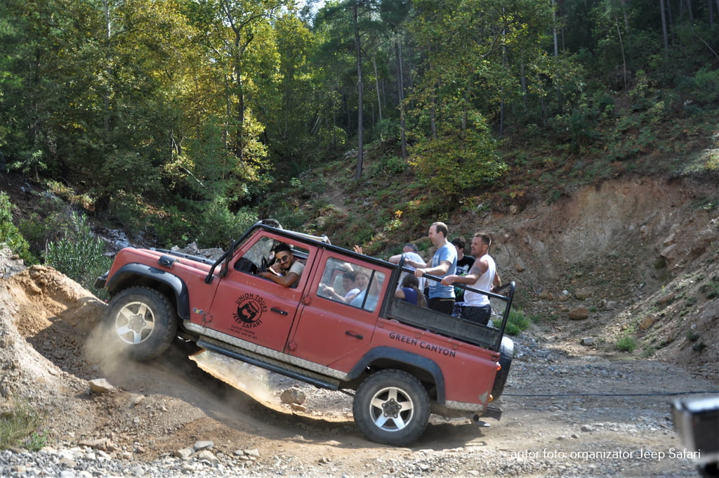 Off road jeep safari