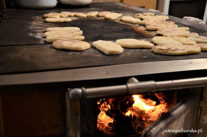 Przepis na moskole - placki z podhala z gotowanych ziemniaków