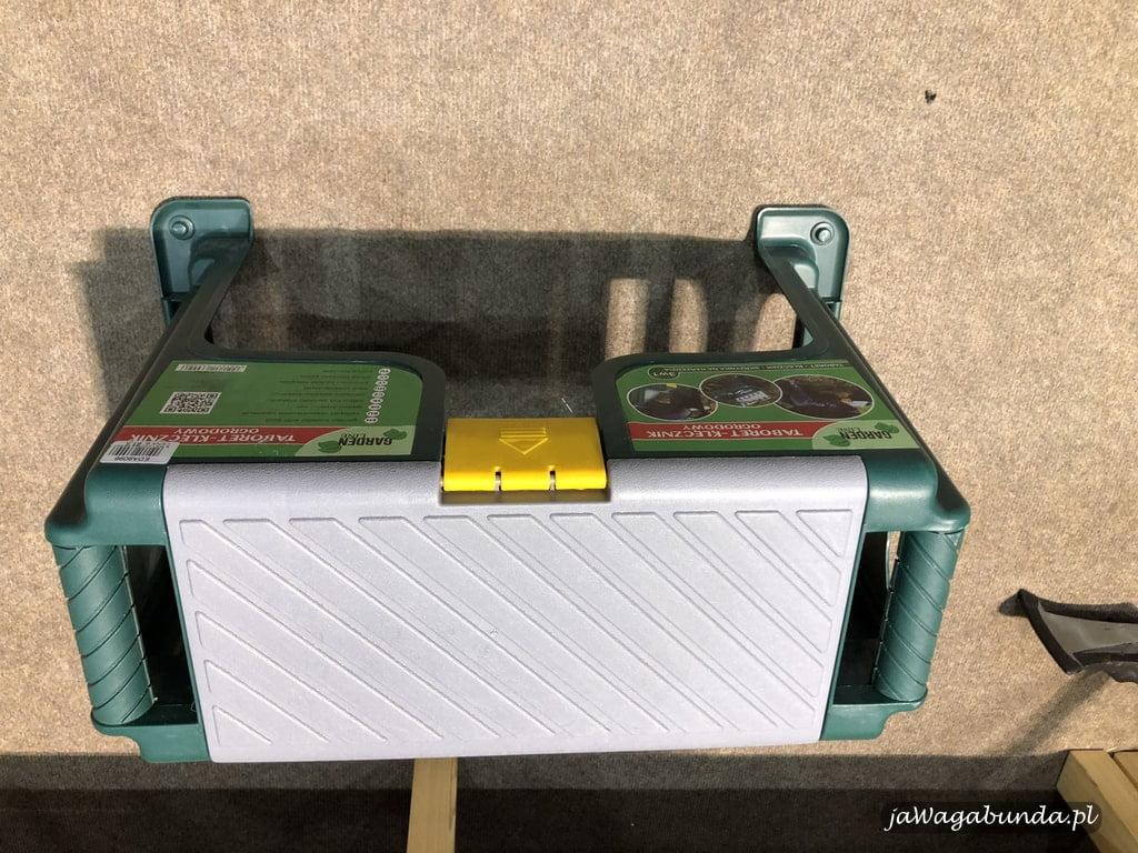 krzesełko do prac ogrodniczych