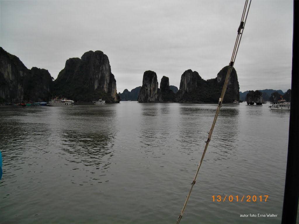 Wietnam skały w morzu