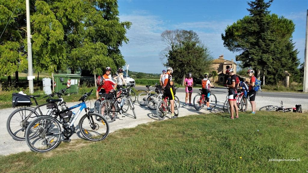 rowerzyści w Toskanii