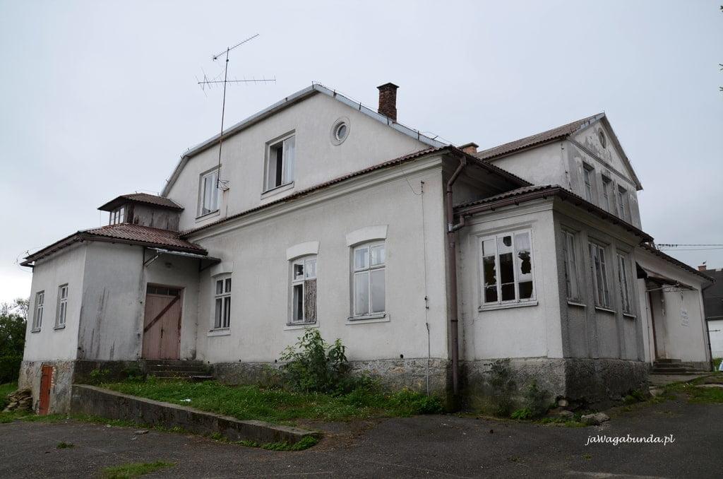 budynek dawnej szkoły