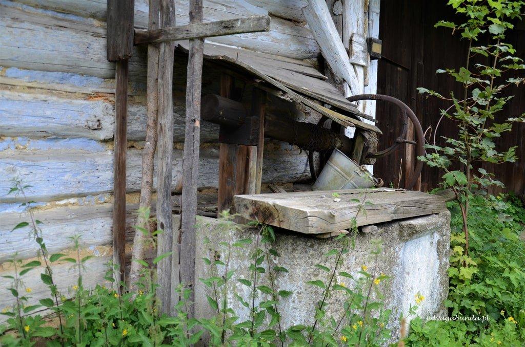 stara drewniana chata Jaśliska