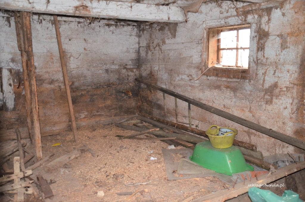 Stary drewniany dom wnętrze