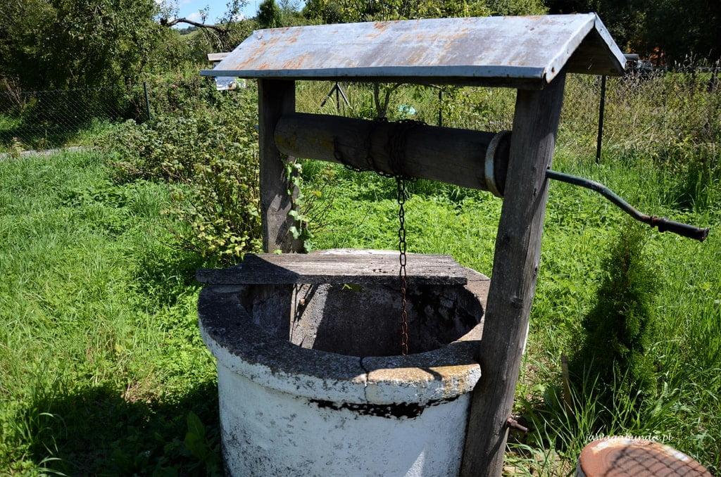 stara studnia