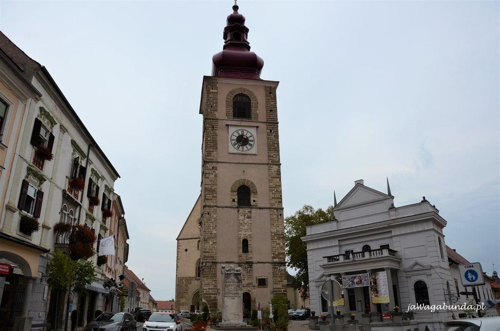 wieża i teatr w Ptuj