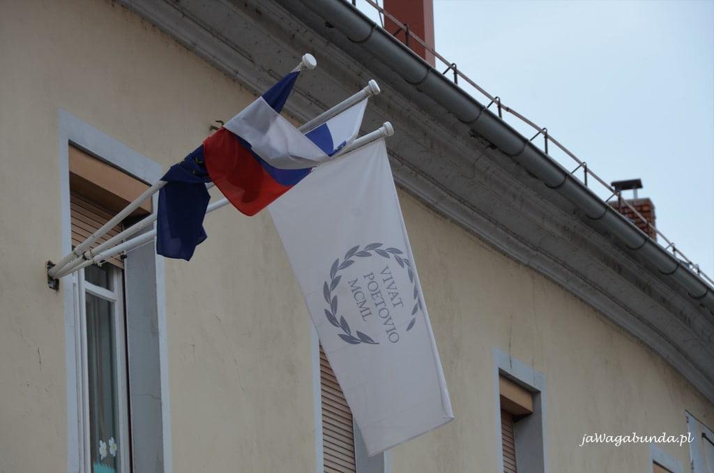 flaga z napisem Poetovio
