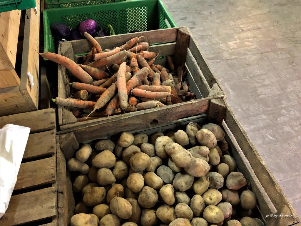ziemniaki na bazarze