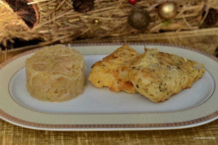 Filety z ryby usmażone i podane na wigilijnym stole.