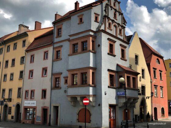 Kamienica o nazwie Dom agatowy w Lwówku Śląskim
