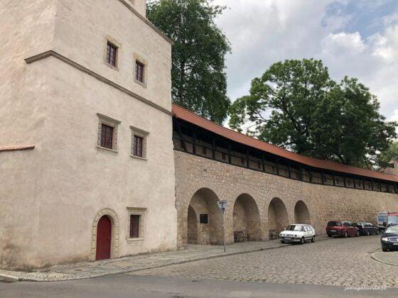 mury obronne w Lwówku Śląskim