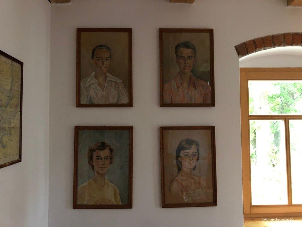 rodzinna galeria Gieysztorów w Pokrzywniku