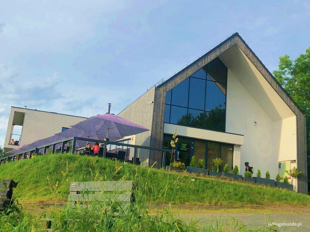 nowoczesny budynek browaru Miedzianka